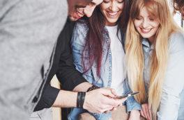 Como programas ao vivo podem fortalecer o relacionamento entre marca e comunidade?